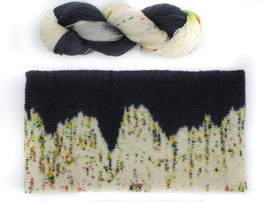 Skyline Cowl Knitting Kit