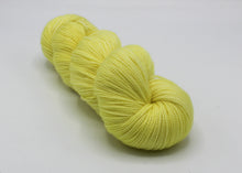 Lemon Ice Baah Yarn La Jolla