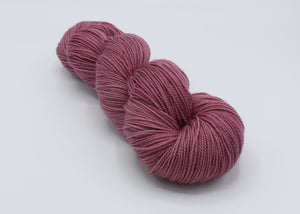 On The Mauve - Baah Yarn Aspen