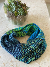 Strata Cowl Knitting Kit by Baah Yarn