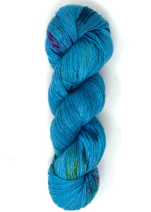Baah Yarn New York - Light My Sapphire