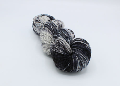 Smoke N' Diamonds - Baah Yarn Sonoma