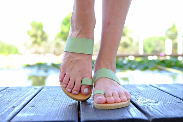 Marina Women Leather Flip Flops - Apple Green