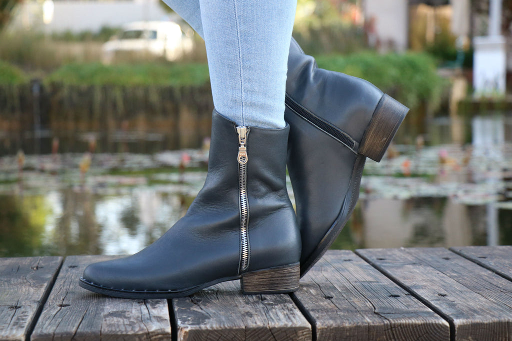 Shanti's Handmade Gray Leather Zippered Boots