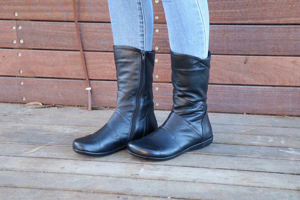 Black Leather, Handmade Boots, Leather Boots,  Zippered Boots, Women Boots, Ankle Boots, Winter Boots, Handmade Shoes, Wide Fit