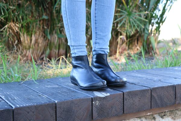 Black Leather, Handmade Boots, Leather Boots, Zippered Boots, Women Boots, Ankle Boots, Winter Boots, Handmade Shoes, leather booties