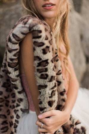 Royal Scout Neck Wrap Leopard