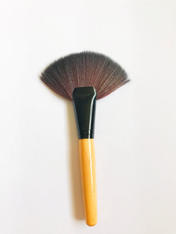 Wooden Fan Brush - Beautiful YAS