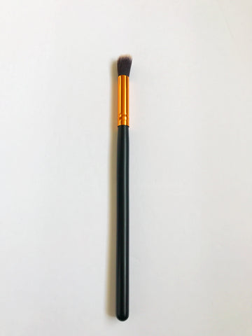 Kabuki Angled Eyeshadow Brush - Beautiful YAS