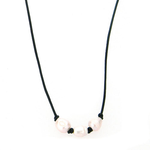 CKZ161009-12 BLK  3-FRESHWATER PEARL, HAND KNOTTED, LEATHER CHOKER