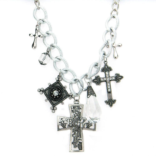 NKY1701  CROSS CHARM SHORT NECKLACE