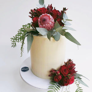 Cake Decorating with Fresh Flowers - Thurs 23rd Aug, 6.30PM - Cooking Class - Heart Of Hall Cooking School Melbourne