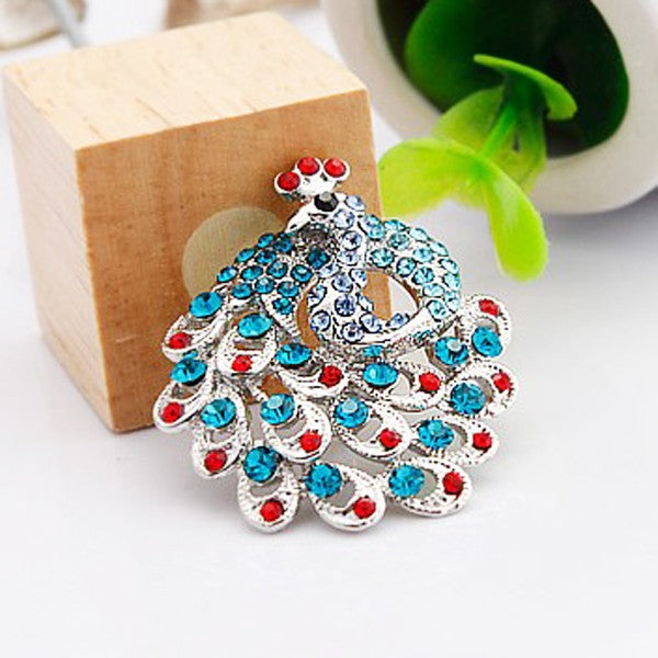 Rhinestone Crystal Peacock Design Brooch