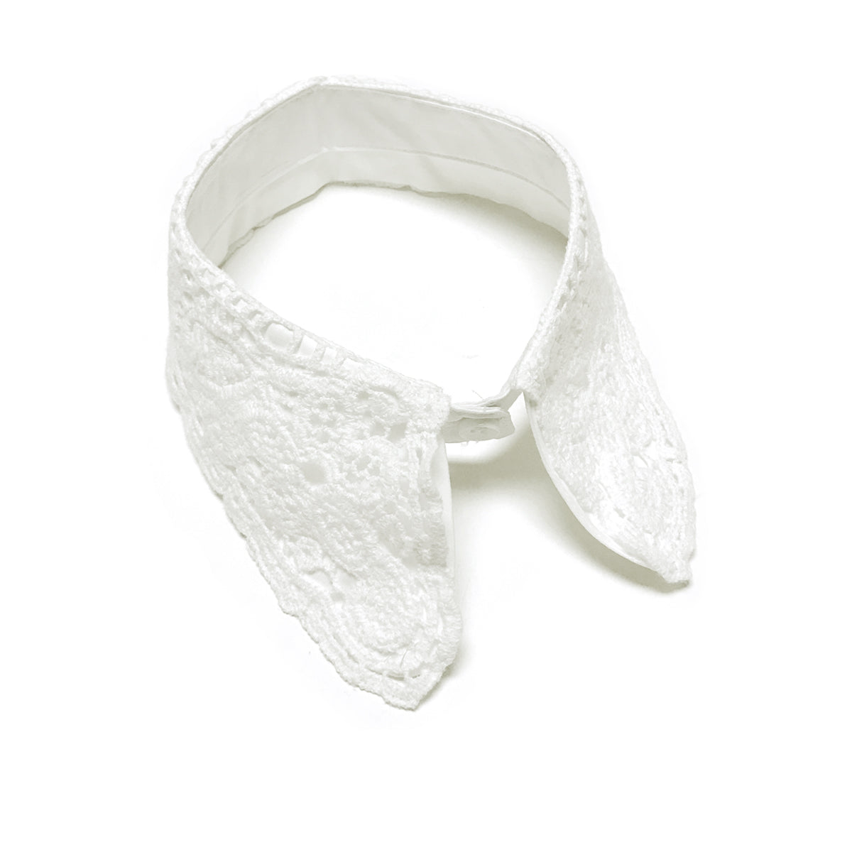 Wrapables Elegant Vintage Floral Lace Faux Collar