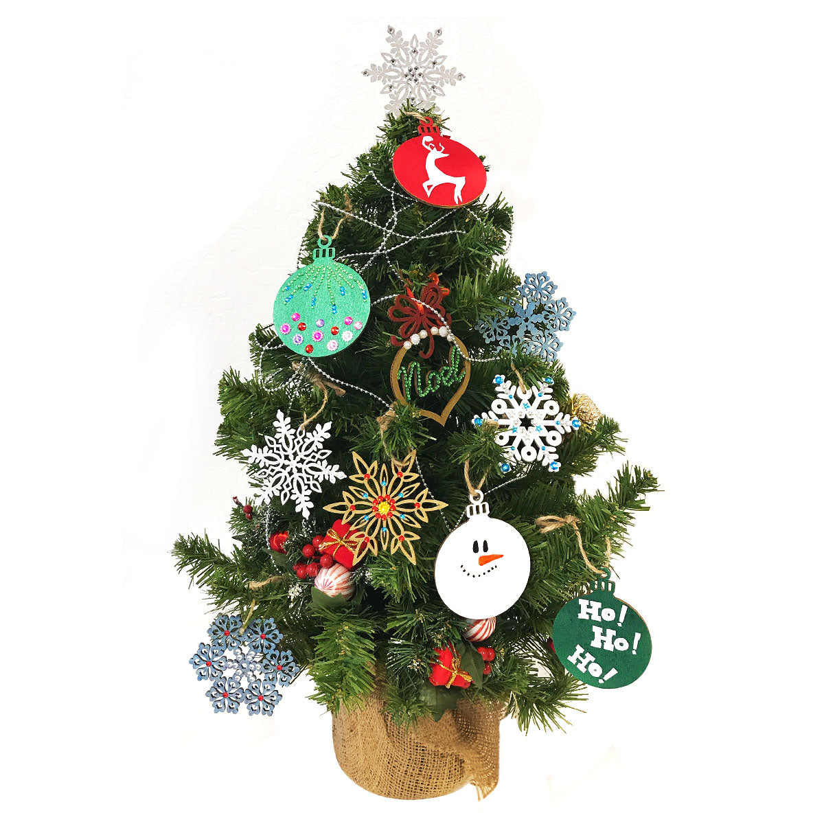 Wrapables Christmas Inspiration Wooden Ornament Hanging Tags (Set of 16)