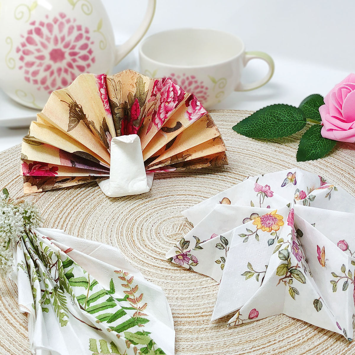 Wrapables® Floral 2 Ply Paper Napkins (40 Count) for Wedding, Dinner Party,  Tea Party, Decorative Decoupage