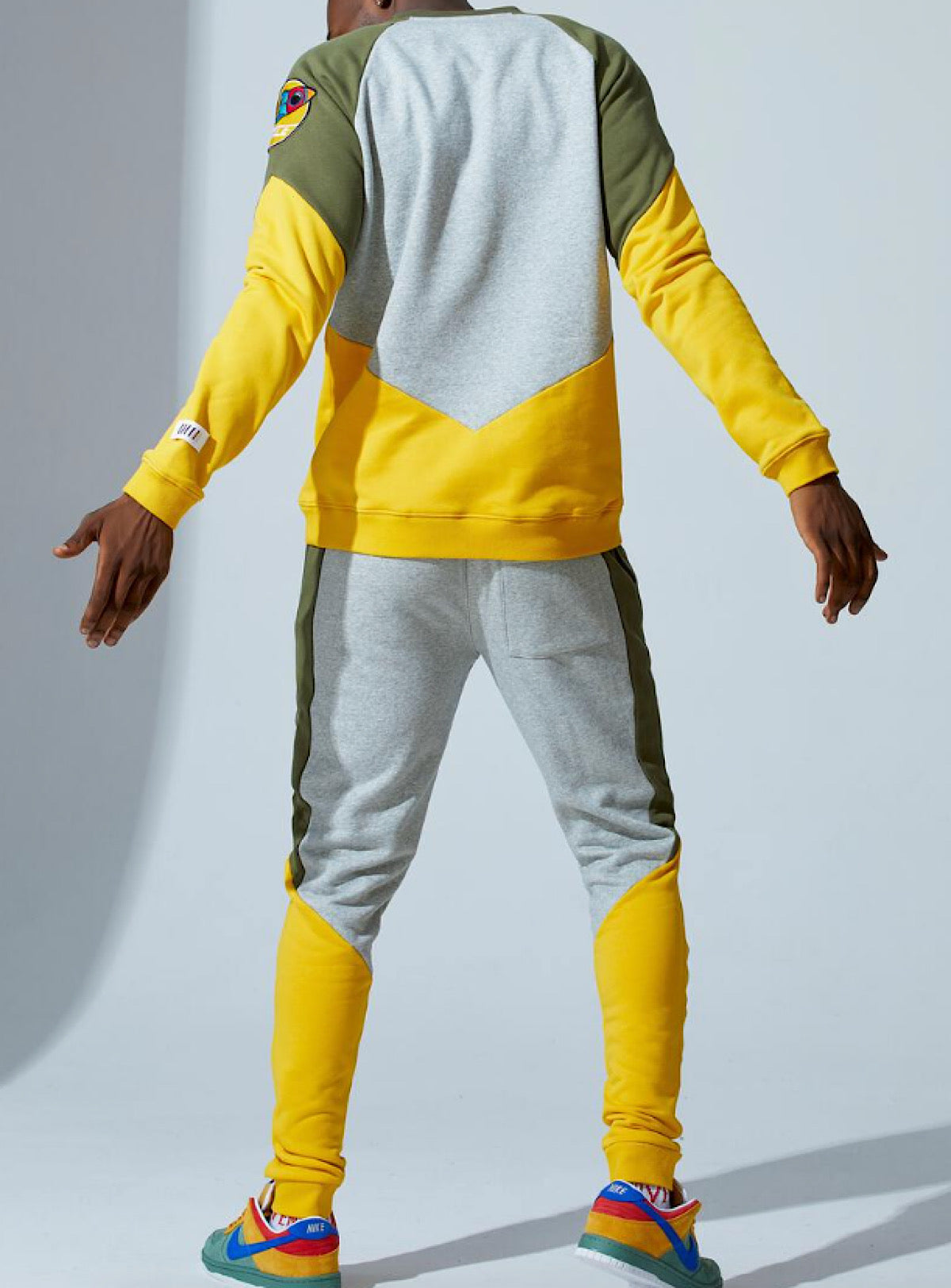 Fifh Loop Sweatsuit - Mars - Grey With Olive And Yellow - FLC011