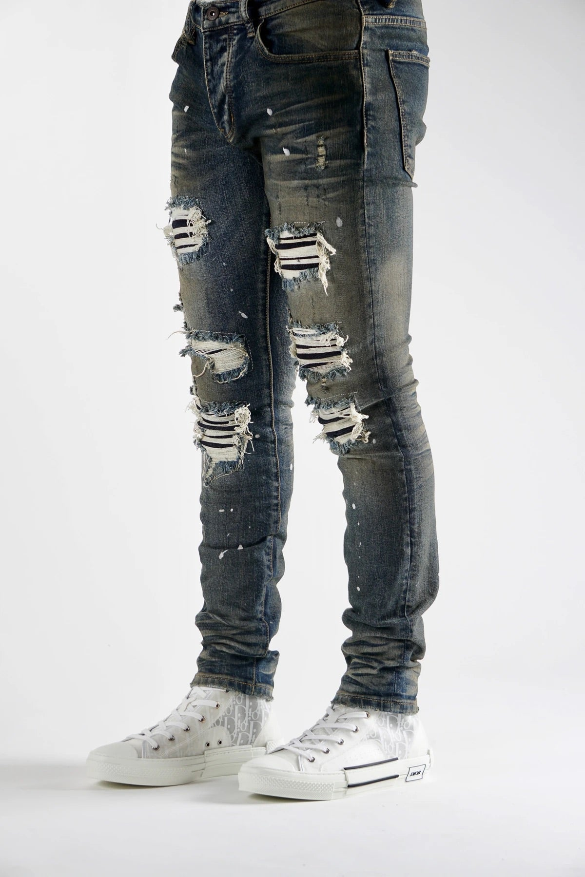 Valabasas Jeans - Rips And Cuts - Dirty Blue - V49