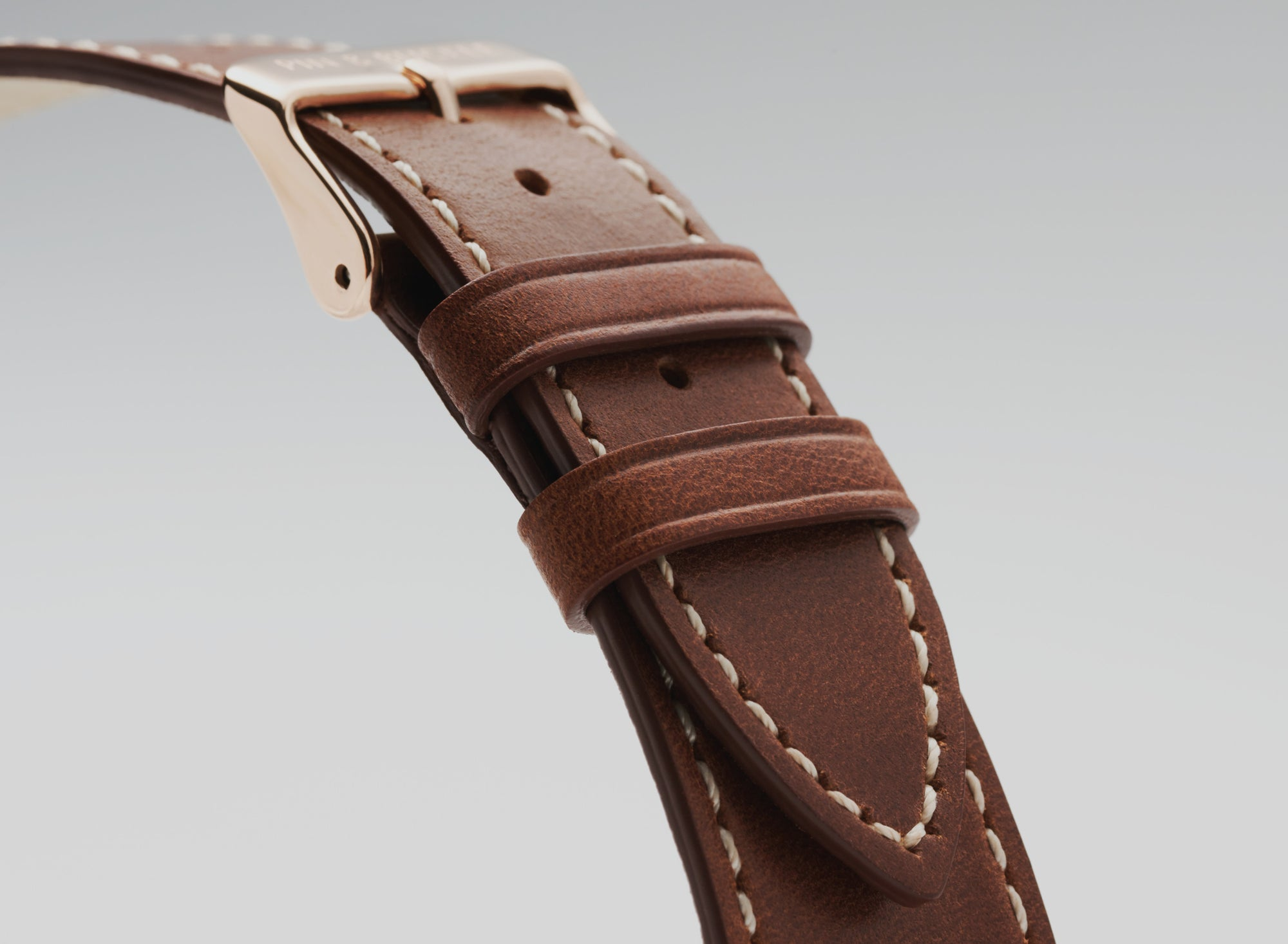 Pin and Buckle Apple Watch Bands - Full Grain Vegetable Tanned Leather - Luxe - Chestnut Brown - Banner