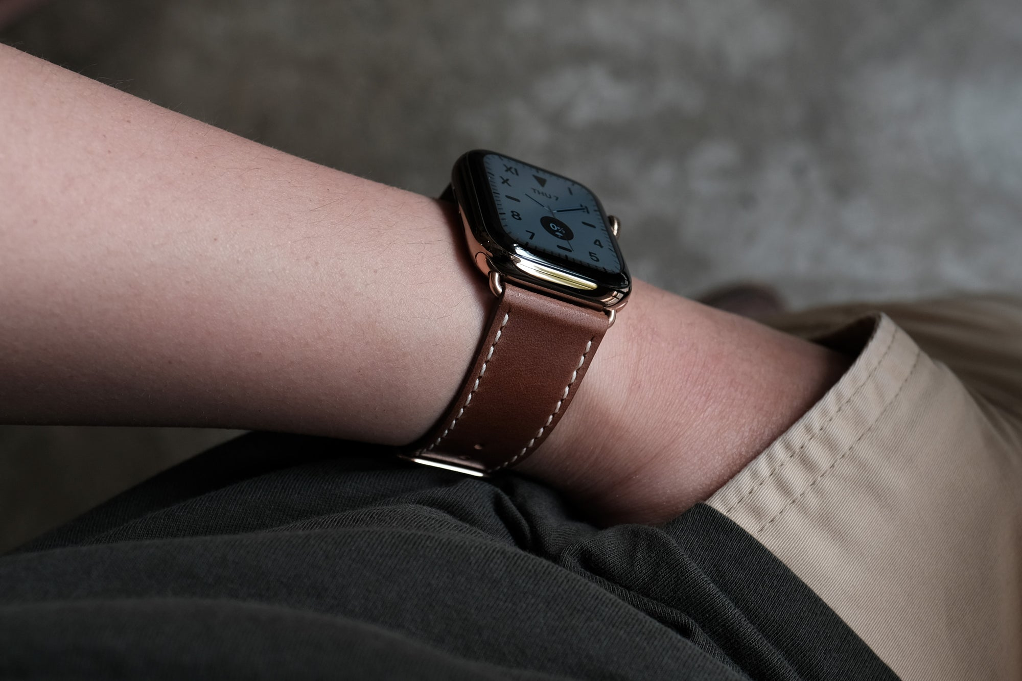 Pin and Buckle Apple Watch Bands - Full Grain Vegetable Tanned Leather - Luxe - Chestnut Brown
