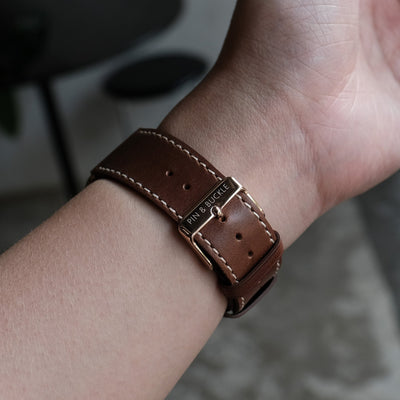 Pin and Buckle Apple Watch Bands - Full Grain Vegetable Tanned Leather - Luxe - Chestnut Brown - Wristshot - 2