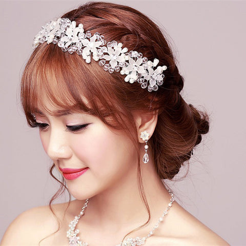 Blushing White Flower Imitation Pearls Headband