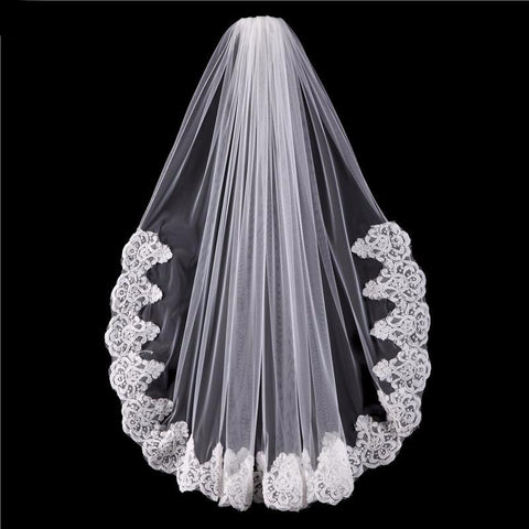 Bad Liar One Layer Lace Hem Short Wedding Bridal Veil with Comb