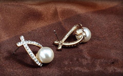 Fashion Gold Crystal Stud Pearl Earrings - Jonjarash Shop