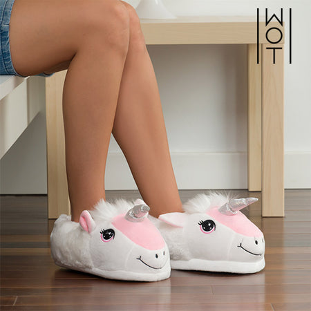 Wagon Trend Unicorn Slippers