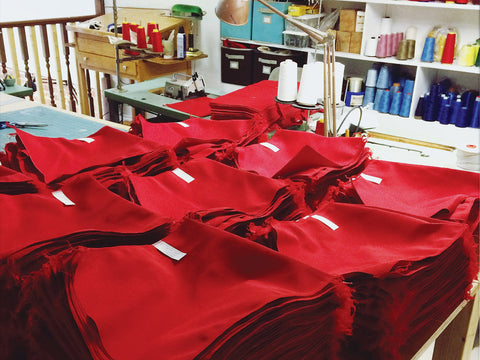 bag manufacturing, born to read red bags, promo bags, corporate gift bags, trade show bags, made in canada