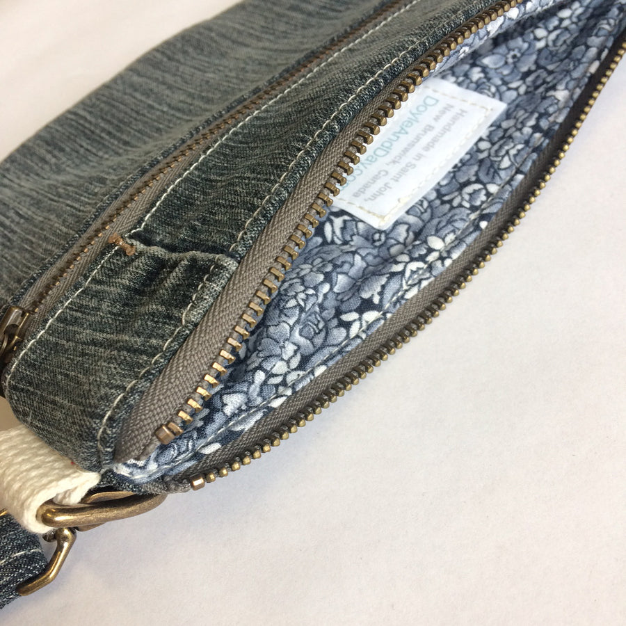 Casual Clutch Denim 6