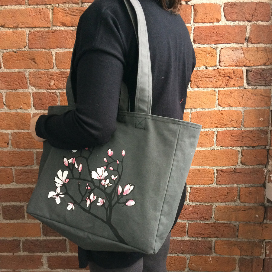 Linen Weekender Bag with Pussy Willows