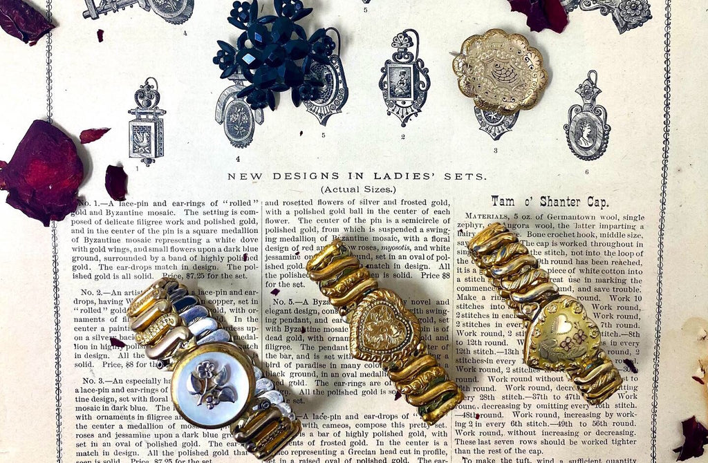 Victorian Trend Highlight: Collecting Sweetheart Bracelets & Its Intriguing History