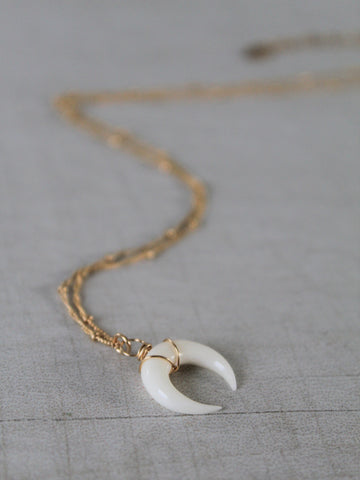 Wild Moon Necklace - Gold