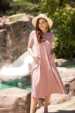 Seashell Pocket Dress (Nursing Friendly)