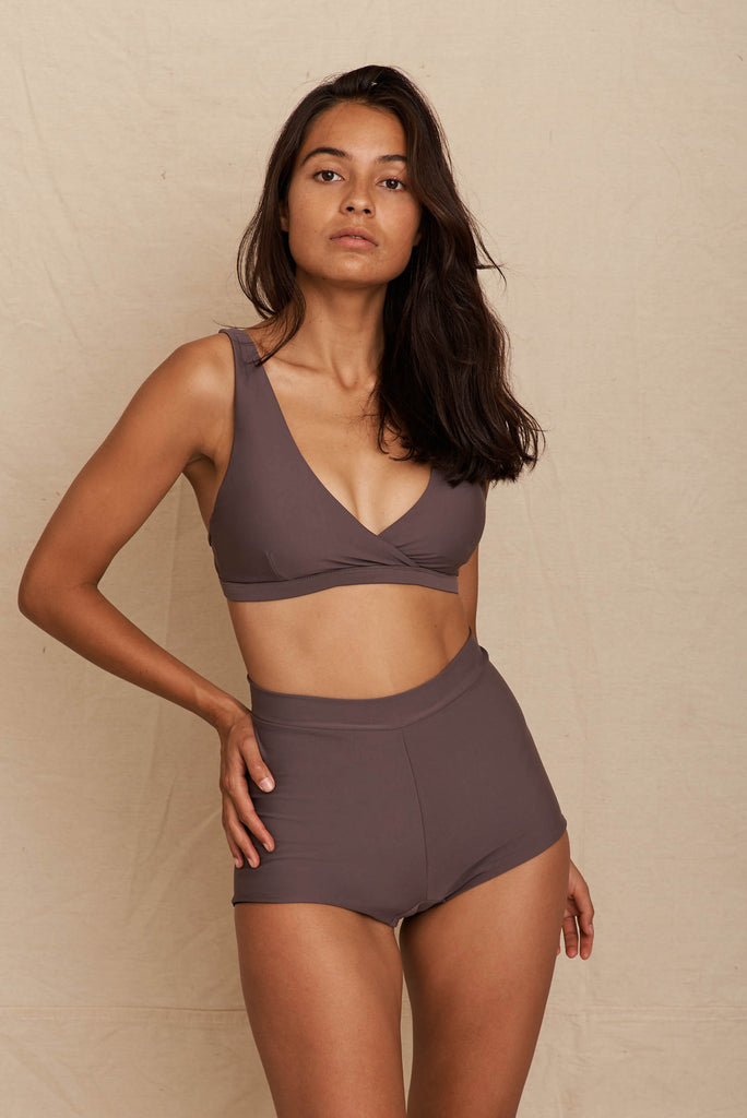 Sol Short Dark Taupe