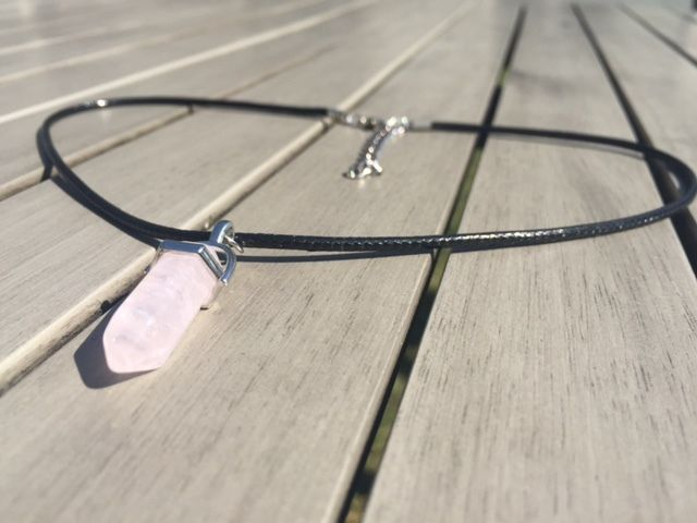 Natural Healing Crystal Rose Quartz Leather Necklace