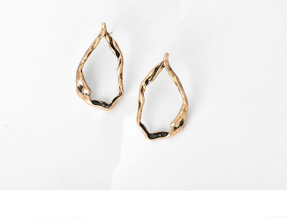18ct Gold-Plated Pop Style Medium Hammered Hoop Earrings Stud