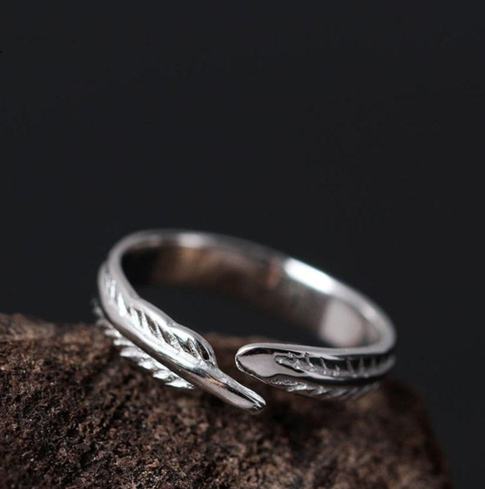 925 Sterling Silver Adjustable Feather Wrap Toe Ring