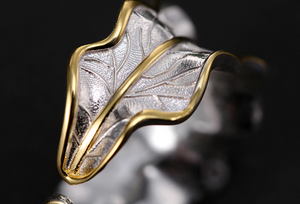 925 Sterling Silver Adjustable Peridot Stone Leaf Ring - Egret Jewellery