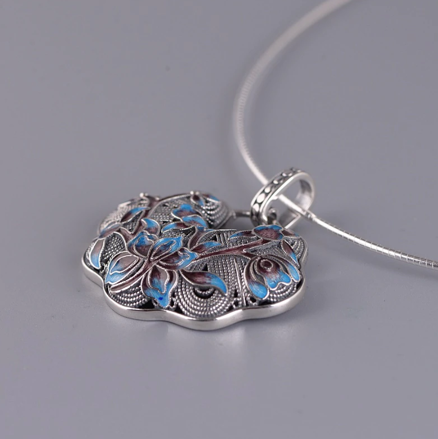 "Large Sterling Silver 925 Enamel Lotus Flower Pendant Necklace 16"" Choker Blue - Egret Jewellery"