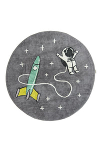 FAV 10 - carpet astronaut with rocket round