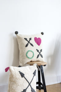 FAV 21 - Cushion XOXO heart