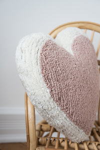 FAV 40 - Heart Pink Cushion