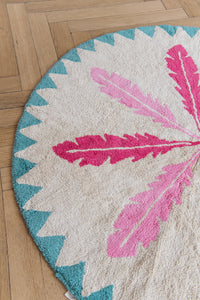 FAV 8 - Carpet Feathers Pink / Pink Round