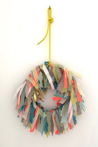 COOLKIDS lucky wreath in neon colors
