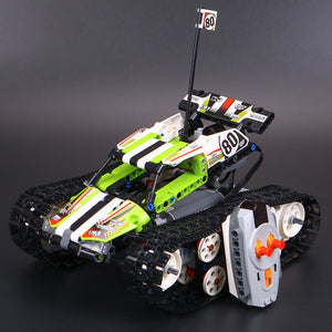 RC Tracked Racer