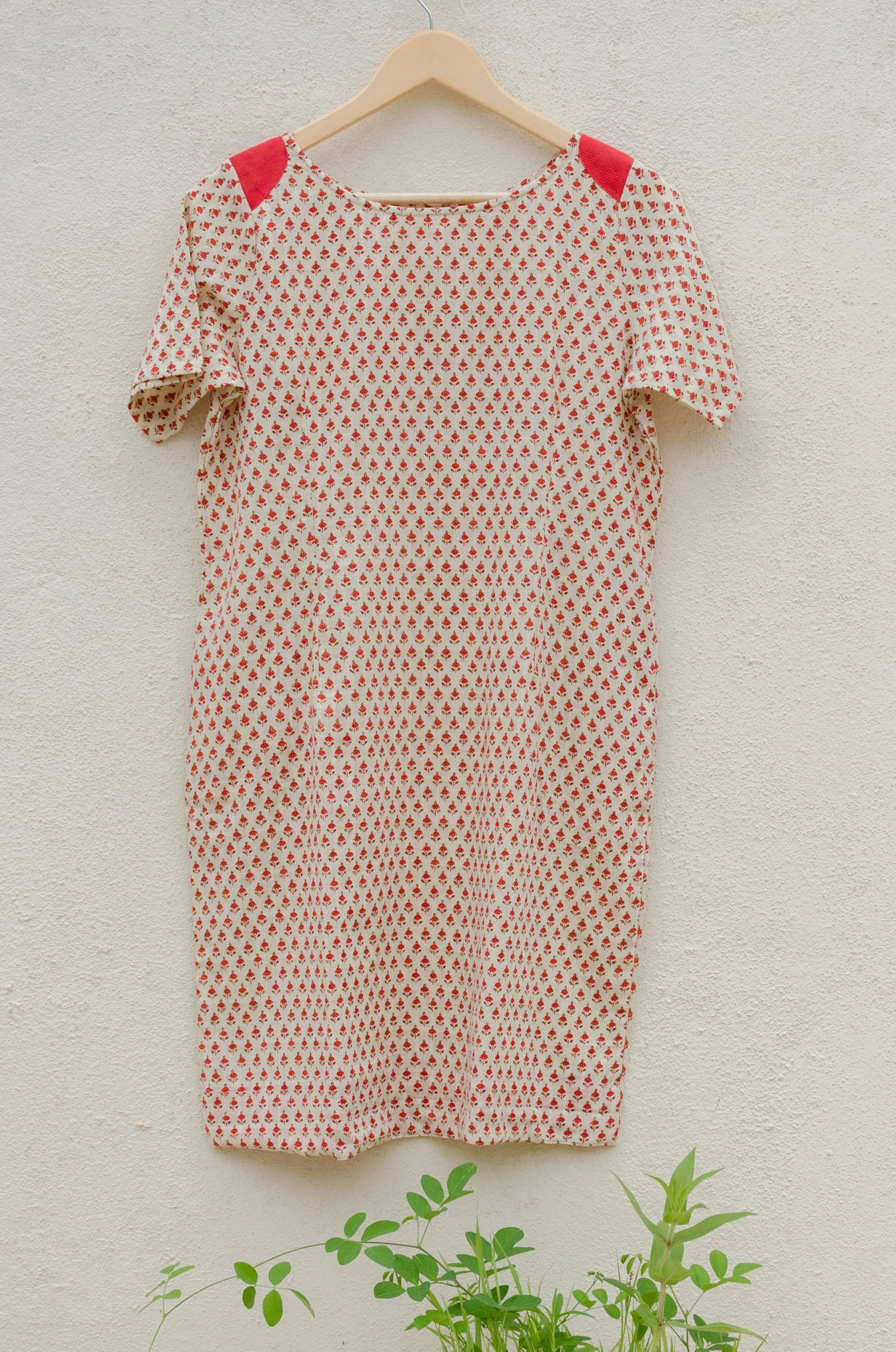 Scarlet Flax Short Sleeved Shift Dress