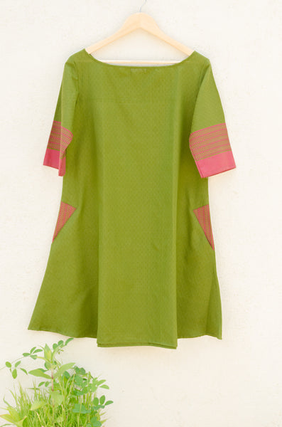 Swing Dress in Parrot Green