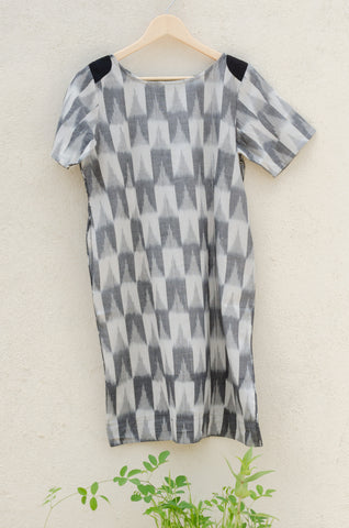 Two Sided Dress in Grey Ikat